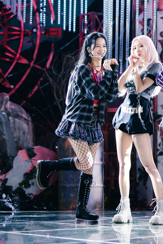 BLACKPINK Performs at a Concert in Inkigayo 10/11/2020