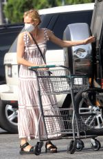 DIANE KRUGER Shopping at Bristol Farms in Los Angeles 10/18/2020