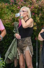GWEN STEFANI on the Set of a Photoshoot in Calabasas 10/07/2020
