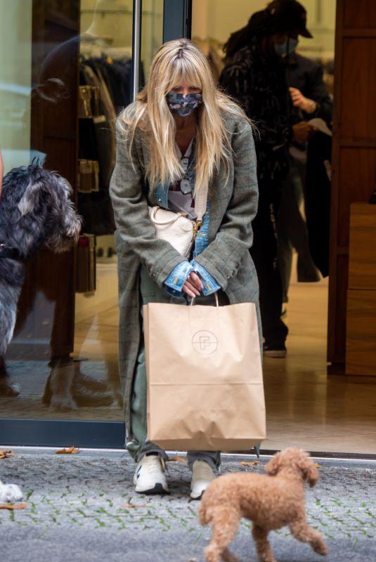 HEIDI KLUM Out Shopping in Berlin 10/24/2020