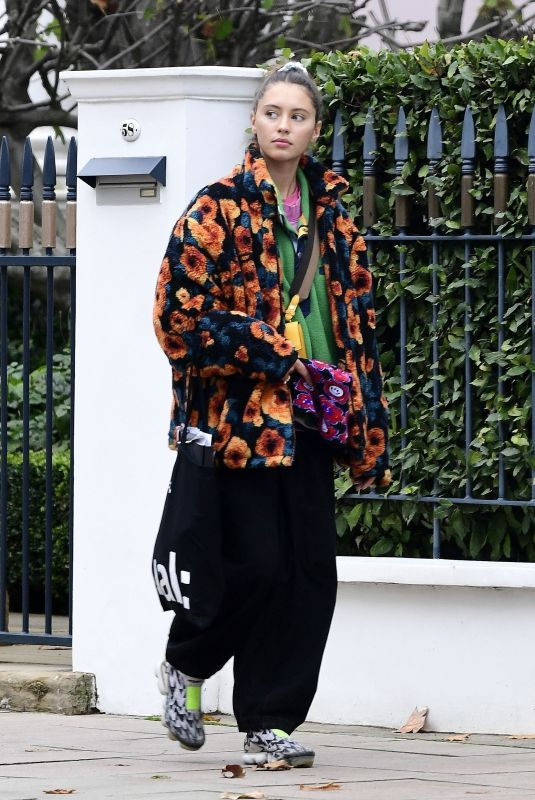 IRIS LAW Out and About in London 10/30/2020