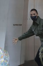 IRINA SHAYK Arrives at Her Home in New York 10/29/2020