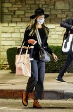 JESSICA ALBA Shopping for Halloween Costumes in Westwood 10/27/2020