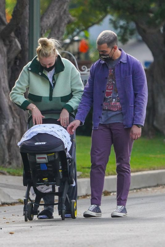 JOE JONAS and Sophie Turner Out with Her Baby in Los Angeles 10/27/2020