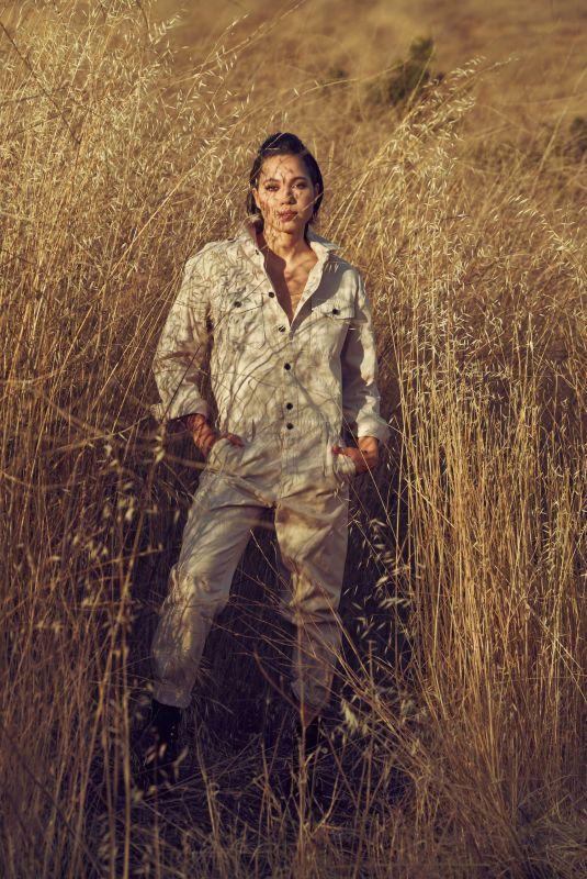 JURNEE SMOLLETT for Elle Magazine, August 2020