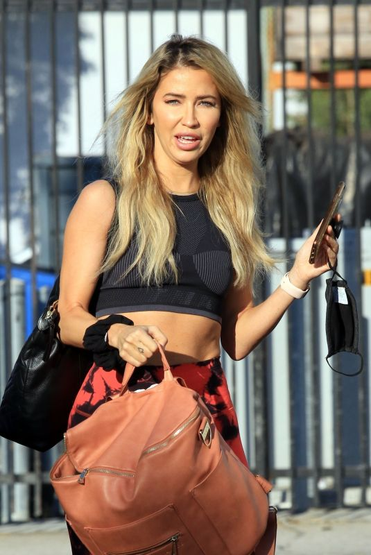 KAITLYN BRISTOWE Arrives at Dance Rehersal in Los Angeles 10/15/2020