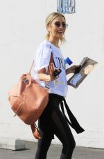 KAITLYN BRISTOWE Arrives at DWTS Practice in Los Angeles 09/30/2020