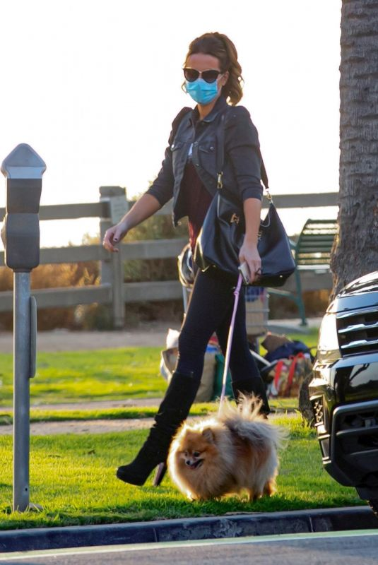 KATE BECKINSALE Out with her Dog in Santa Monica 10/26/2020