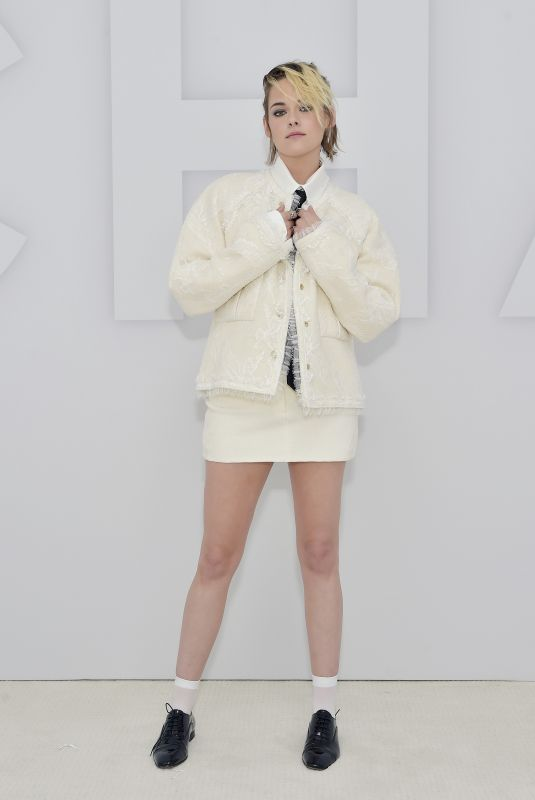 KRISTEN STEWART Appears Remotely at Paris Chanel Fashion Show in Los Angele s10/06/2020