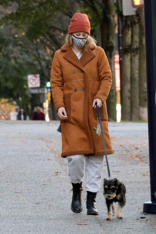 LILI REINHART Out with Her Dog in Vancouver 10/26/2020