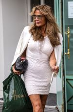 LIZZIE CUNDY Out Shopping at Harrods in London 10/06/2020