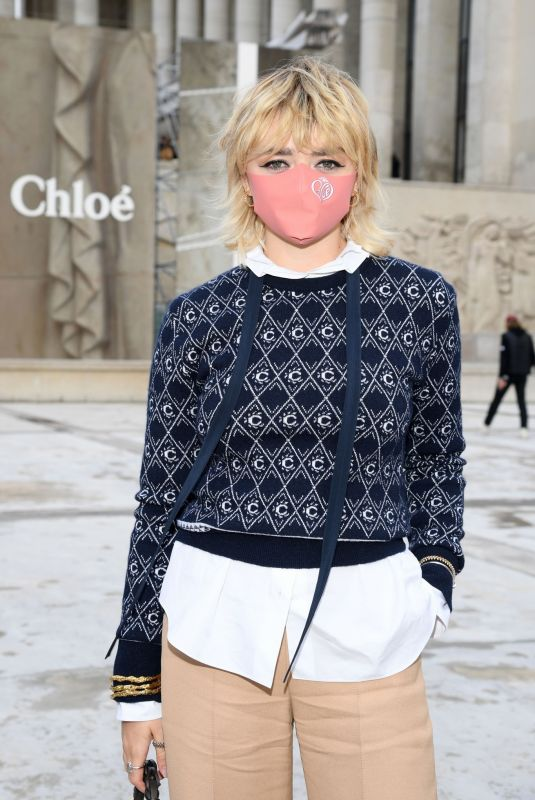 MAISIE WILLIAMS at Chloe Show at Paris Fashion Week 10/01/2020