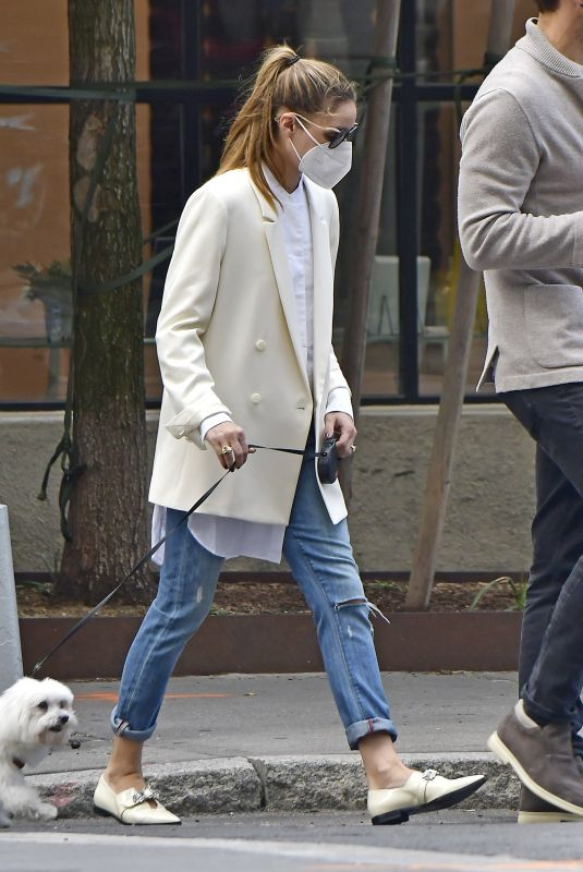 OLIVIA PALERMO Out with Her Dog in New York 10/10/2020