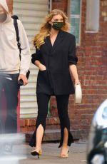 Pregnant ELSA HOSK Out in New York 09/30/2020