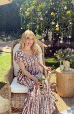 Pregnant EMMA ROBERTS - Instagram Photos 10/28/2020
