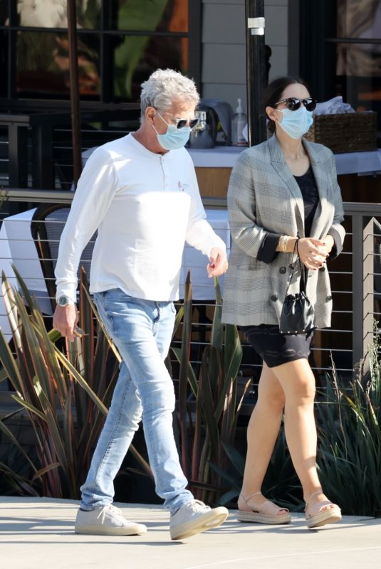 Pregnant KATHARINE MCPHEE and David Foster Out Shopping in Los Angeles 10/21/2020