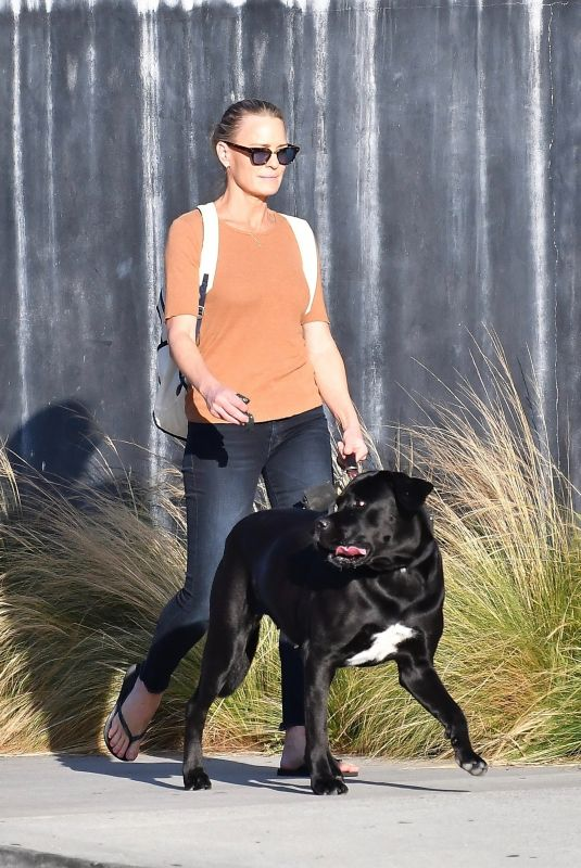 ROBIN WRIGHT Out with Her Dog in Brentwood 10/12/2020