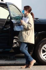 SANDRA BULLOCK Arrives on the Set of Her Latest Movie in Vancouver 10/03/2020