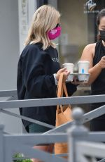 SARAH MICHELLE GELLAR Out for Coffee in Los Angeles 10/06/2020