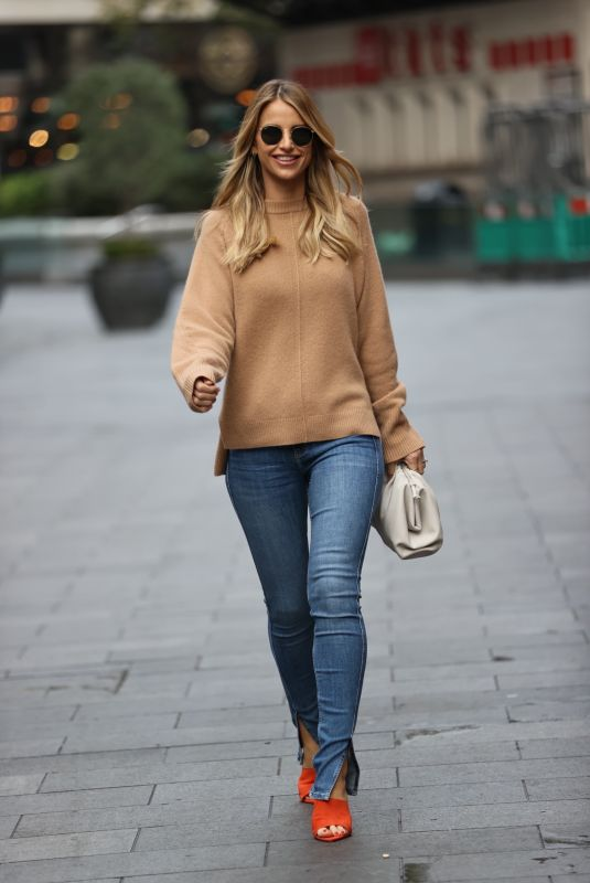 VOGUE WILLIAMS in Denim Out in London 10/18/2020