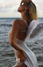 ALEXIS REN as Angel at a Photoshoot, October 2020