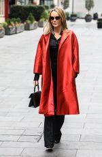 AMANDA HOLDEN Leaves Global Radio in London 11/30/2020