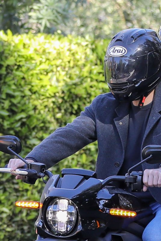 ANA DE ARMAS and Ben Affleck Out Driving on Electric Harley Davidson in Brentwood 11/27/2020