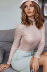 ANASTASIYA SCHEGLOVA for Moremio 2020