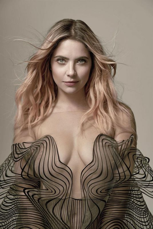 ASHLEY BENSON for Vanity Fair, Italy 2020