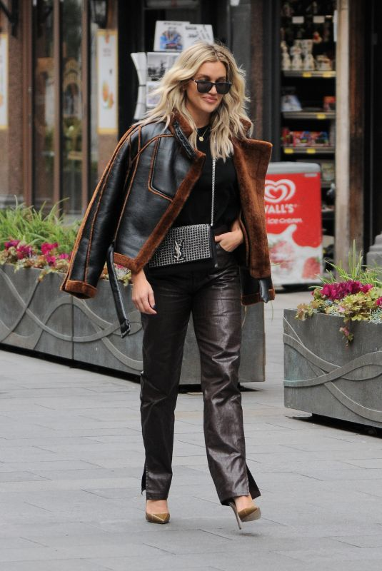 ASHLEY ROBERTS Leaves Heart FM in London 11/20/2020