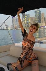 CHLOE VEITCH in Bikini at a Boat - Instagram Photos 11/29/2020