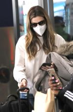 ERIN ANDREWS Arrives at LAX in Los Angeles 11/15/2020