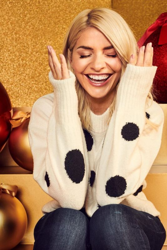 HOLLY WILLOGHBY for M&S London Christmas 2020 Photoshoot