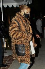 JENNIFER LOPEZ Leaves San Vicente Bungalows in Hollywood 11/21/2020