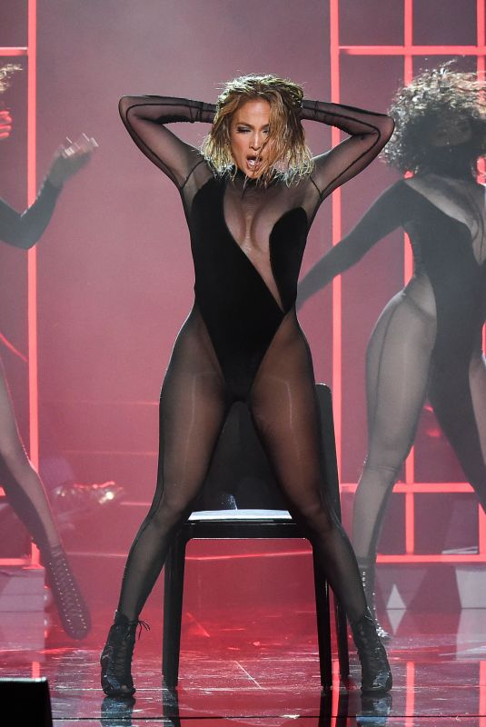 JENNIFER LOPEZ Performs at American Music Awards 11/22/2020