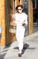 JESSICA ALBA Out for Food and Juice to go in Los Angeles 11/22/2020