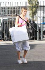 KAITLYN BRISTOWE Heading to DWTS Studio in Los Angeles 11/21/2020