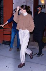 KENDALL JENNER Leaves Her Apartment in New York 11/20/2020
