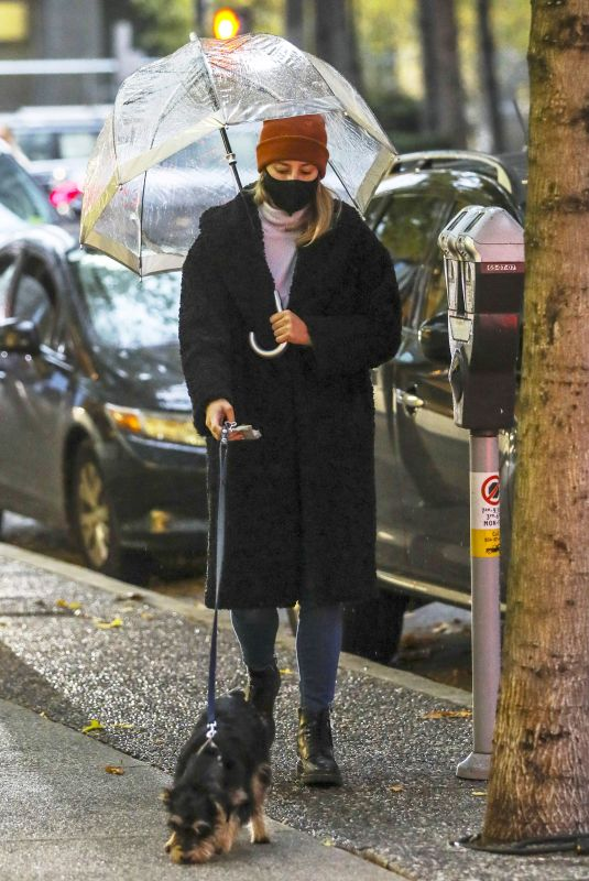 LILI REINHART Out with Her Dog in Vancouver 11/14/2020