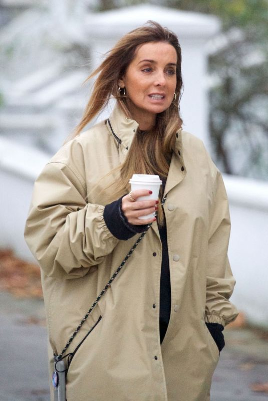 LOUISE REDKNAPP Out for Coffee in Primrose Hill 11/17/2020