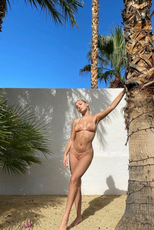 MADDIE ZIEGLER in Bikini – Instagram Photos 11/22/2020