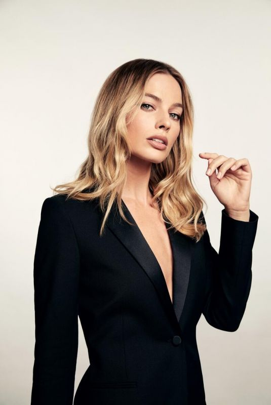 MARGOT ROBBIE - Once Upon a Time in Hollywood 2020