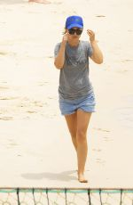 NATALIE PORTMAN Out at Shark Beach in Vaucluse 11/22/2020