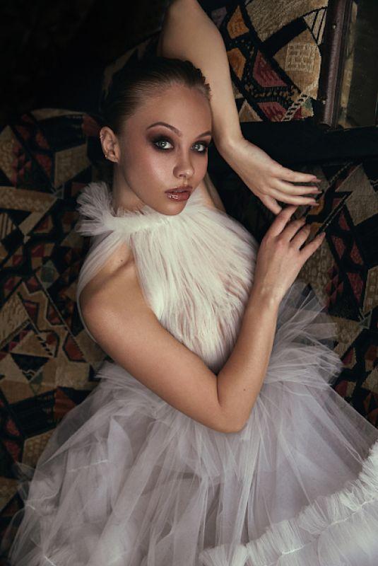 OLIVIA DEEBLE for Asif Magazine 2020