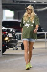 Pregnant JESSICA HART Out Shopping in Los Angeles 11/08/2020