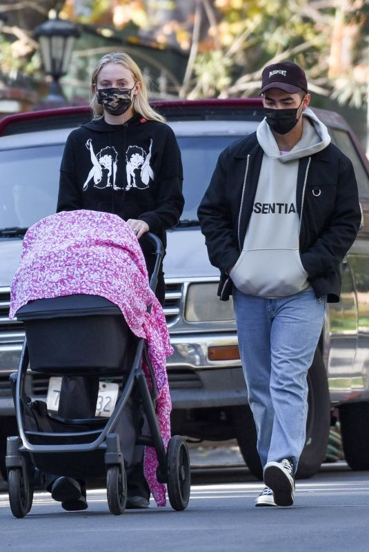 SOPHIE TURNER and Joe Jonas Out with Their Daughter Willa in Los Angeles 11/24/2020
