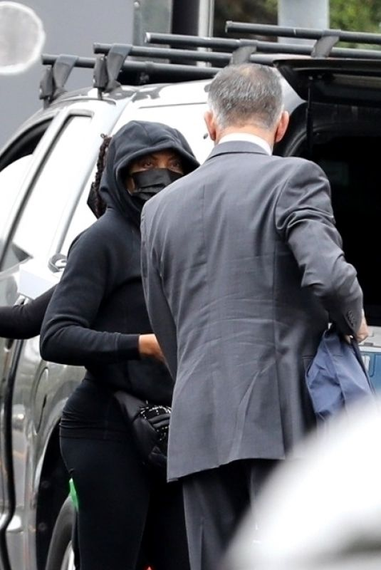 TARAJI P. HENSON Arrives at a Photoshoot in Los Angeles 11/18/2020