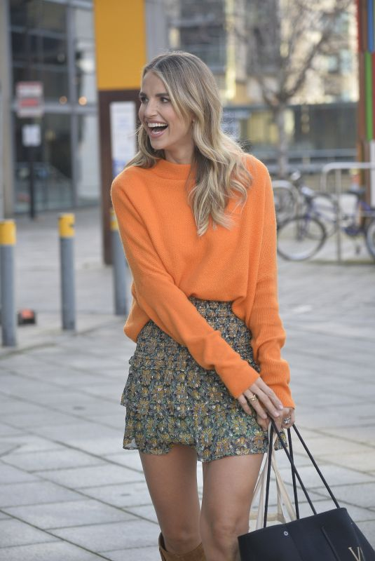 VOGUE WILLIAMS Out and About in Leeds 11/26/2020