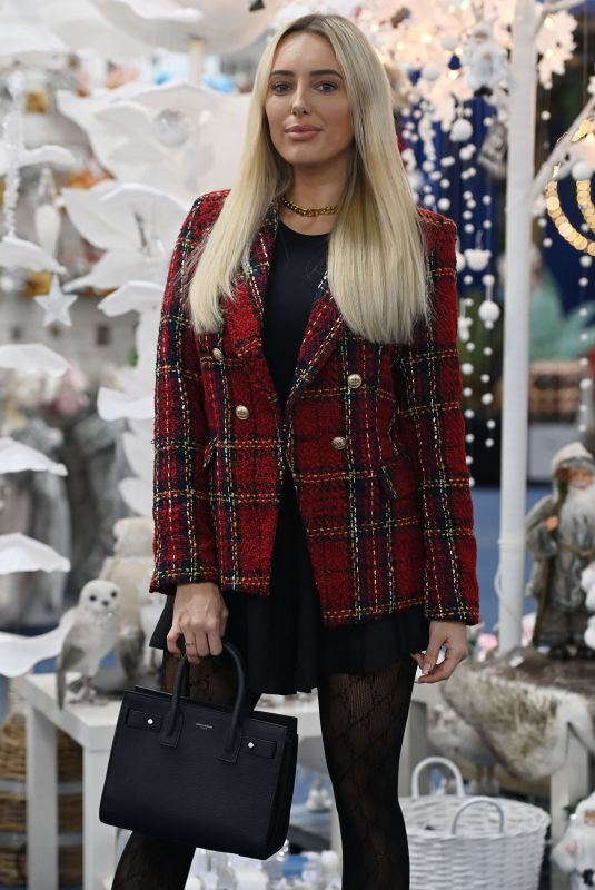 AMBER TURNER on the Set of TOWIE Christmas Special 12/02/2020