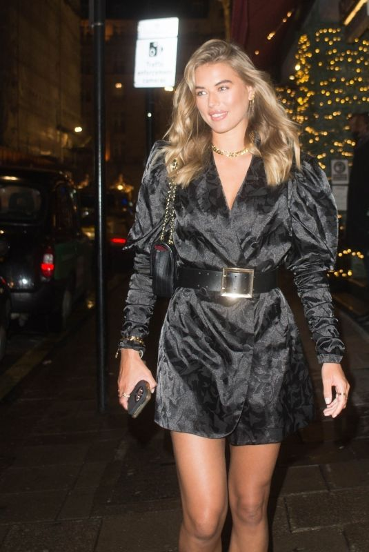 ARABELLA CHI Leaves Novikov Restaurant in London 12/07/2020